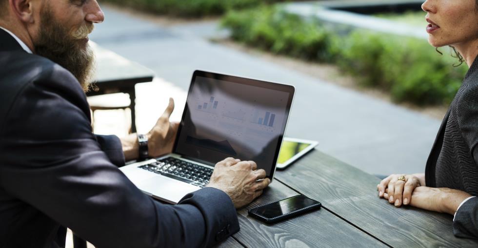 What a business broker can teach a buyer