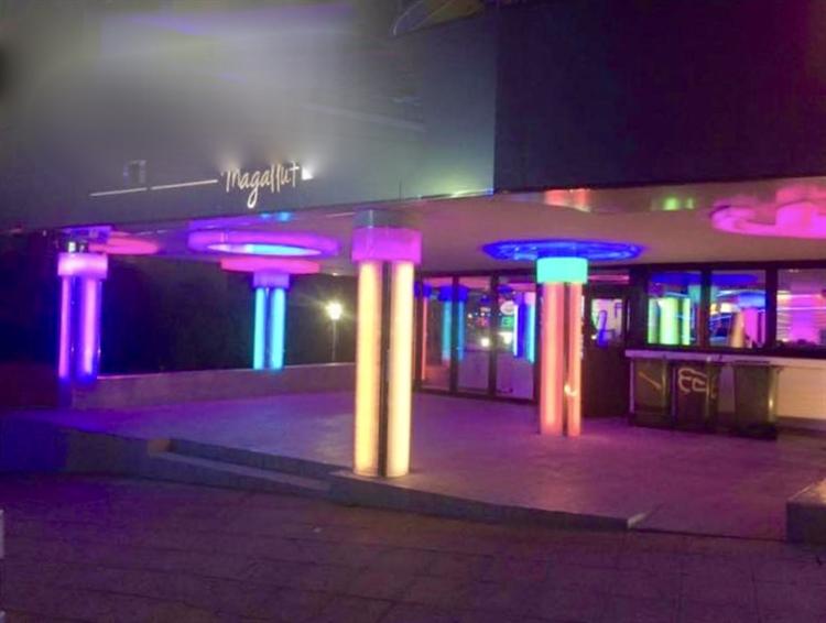large late night disco - 8