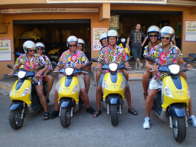 well established moped hire - 7