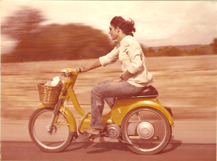 well established moped hire - 8