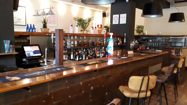 music sports bar adjoining - 10