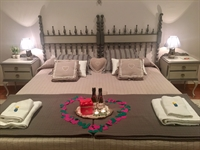 boutique hotel with stunning - 2