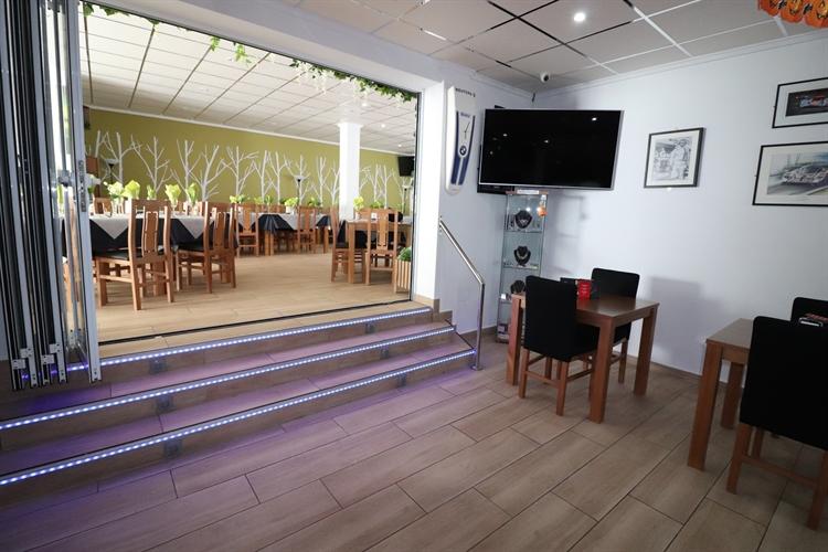 sports bar restaurant algorfa - 9